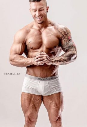 Nathan-Rocksss-Topless-Waiter-Melbourne-Magic-Men